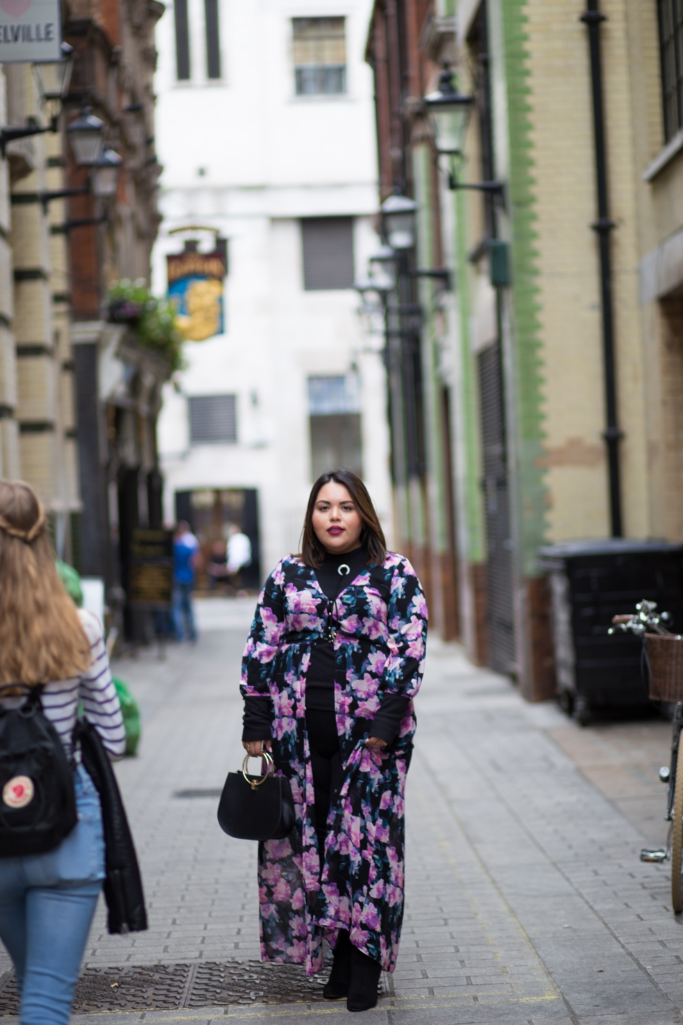 Plus Size Streetstyle Fall Fashion during London Fashion Week