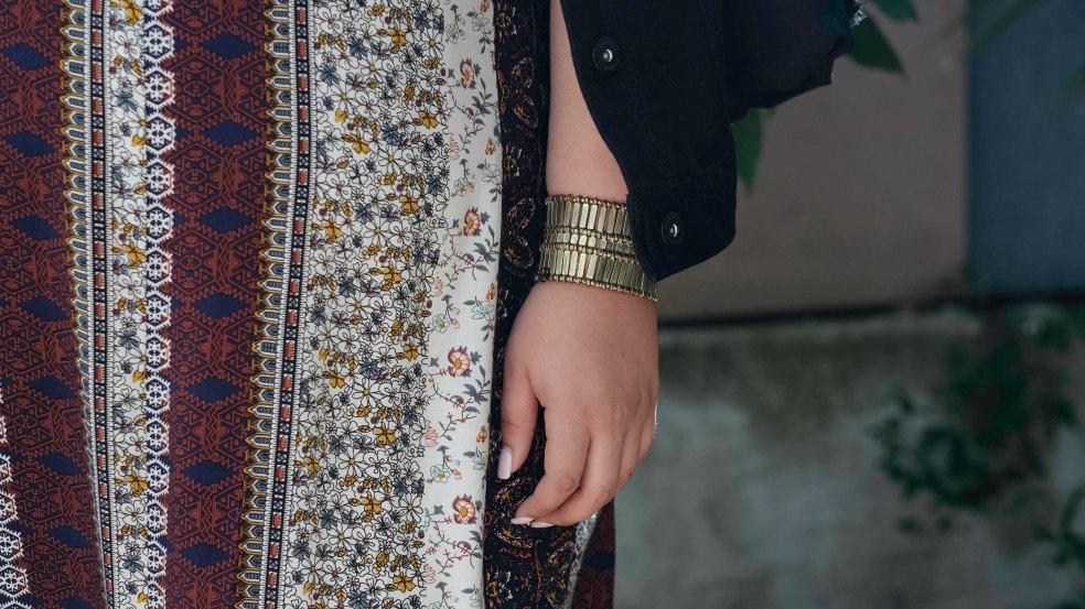 Valija Antique Gold Boho Elastic Bracelet