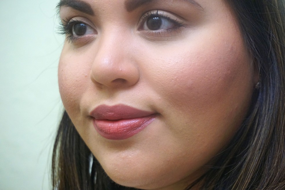 CoverGirl Clean Matte BB Cream in Light/Medium Close Up Beauty Review