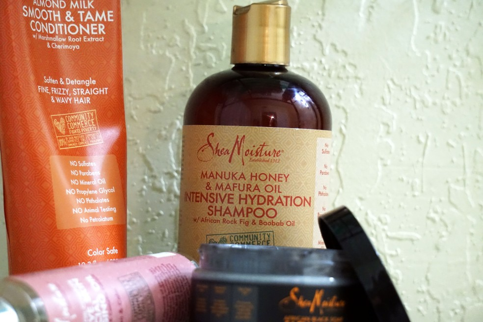 Shea Moisture Manuka Honey & Mafura Oil Intensive Hydration Shampoo Review