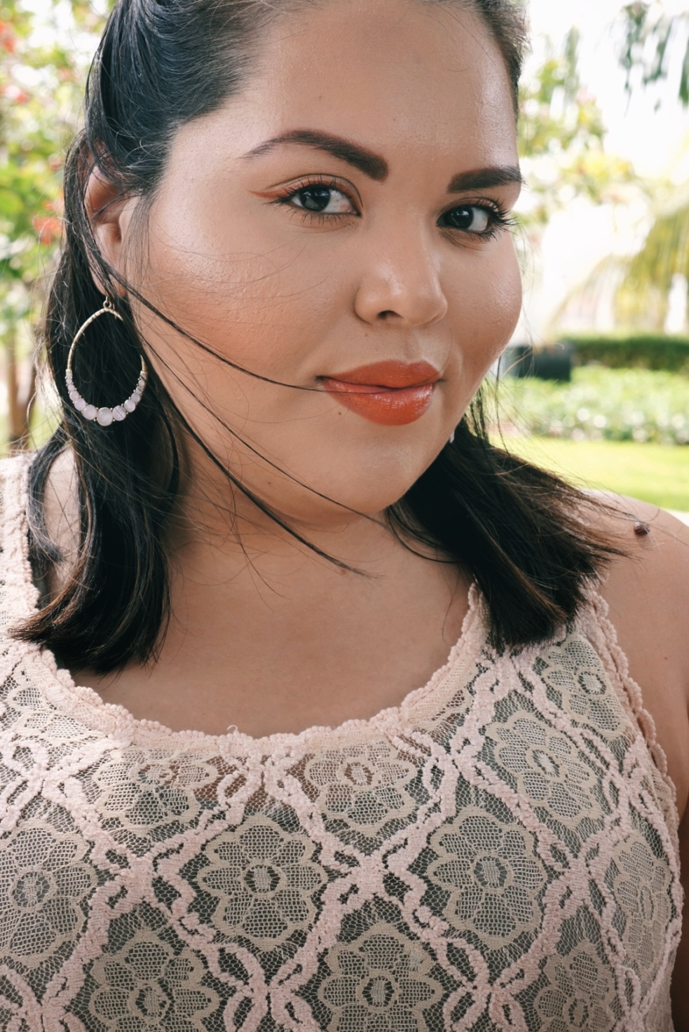 Latina Beauty Blogger Glowy Terra Cota Makeup Look
