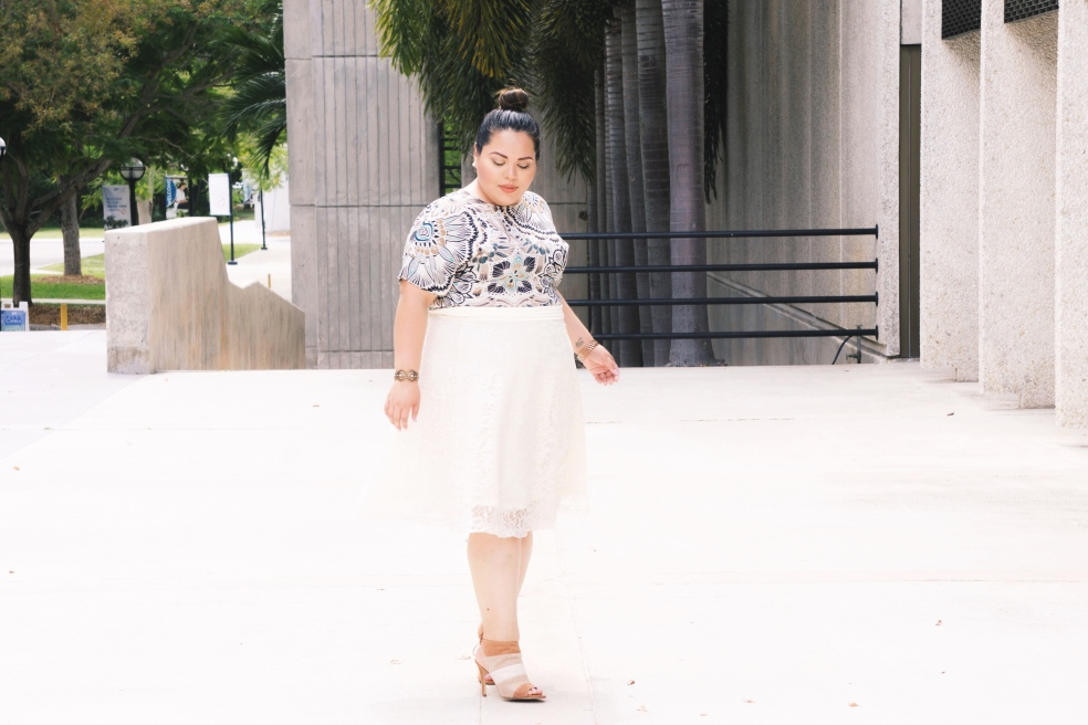 Plus Size Spring Outfit of the Day in H&M Printed Blouse and Kiyonna Lace Midi Skirt