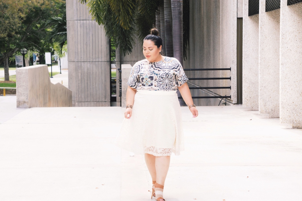 Plus Size Spring Outfit of the Day in Lace and Colorful Prints